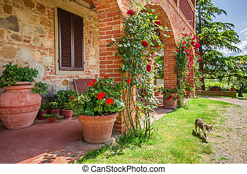 Old house in Tuscany, Italy