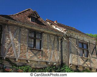 Old house, Lapopie, village