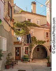 Old houses and archway in Cres - Life in the old city of ...