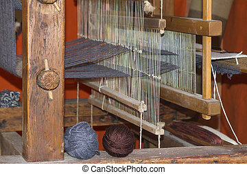 old loom weaving