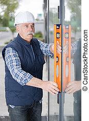 old-man, εργάτης