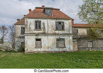 old mansion building