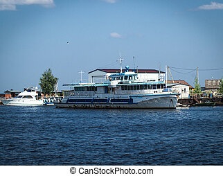 Old passenger ship. View of the retro cruise ship on Kama...