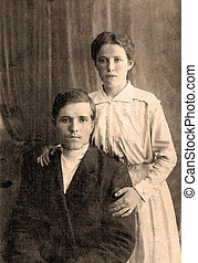 A vintage photo portrait from 1916 of Russian family.