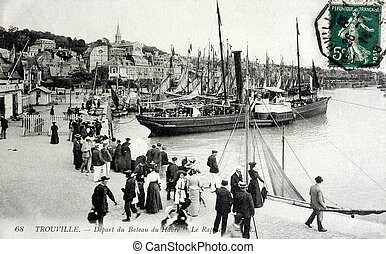 old postcard of Trouville, set sail from Le Havre