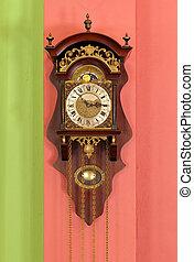 old retro clock