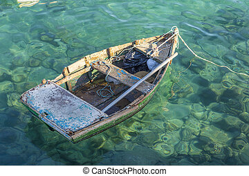 old rotten fisher boat