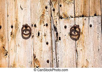 Old Rusty Wooden Doors (1)