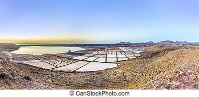old salt mine in Janubio
