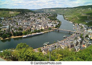Old Small city Bernkastel Kues