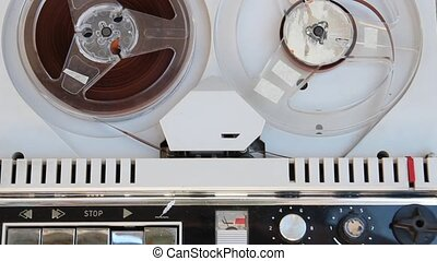 old tape recoder problem - jammed tape recorder from sixties