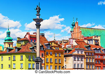 Old Town in Warsaw, Poland - Scenic summer view of Castle...