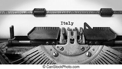 Old typewriter - Italy