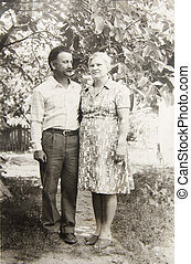 old vintage photograph couples in love - a old vintage...