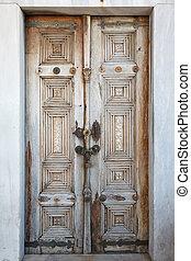 old wooden door in Istanbul