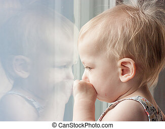 olhar, janela, criança, saída, triste