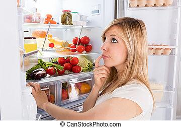olhar, mulher, jovem, refrigerador