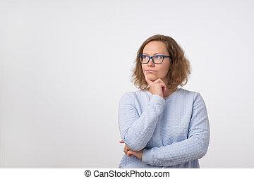 olhar, mulher, thinking., cima, óculos, day., lugar, ela, fazer, europeu, vazio, plano