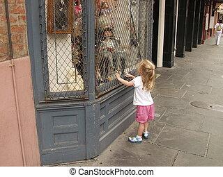 olhar, pequeno, janela, menina, boneca
