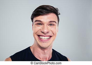 olhar, retrato, sorrindo, homem câmera