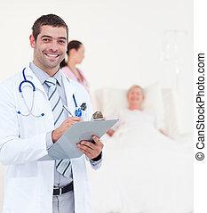 olhar, sênior, após, paciente, doutores