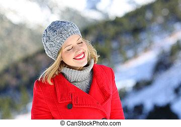 olhos, feriado, inverno, mulher, fechado, desfrutando, feliz