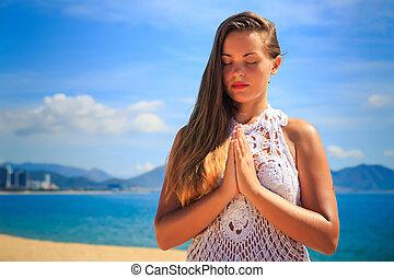 olhos, ioga, asana, fechado, mãos, toque, loiro, menina