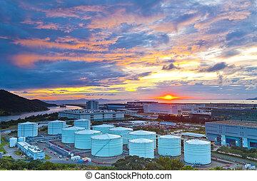 olie, tanks, op, ondergaande zon , in, hong kong