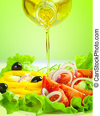olijvenolie, stroom, en, gezonde , vers plantaardig, slaatje