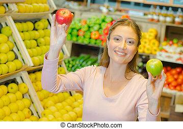 olik, varieteterer, specerihandlare, två, äpplen, holdingen, dam