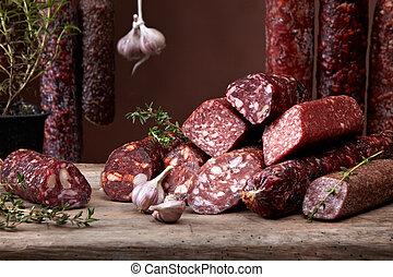 olika, salami, korvar