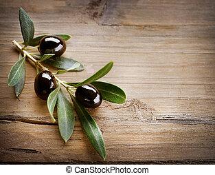 olive, fond