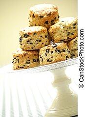 olive, scones, sur, stand gâteau