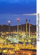 oljeraffinaderi, hos, skymning