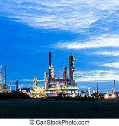 oljeraffinaderi, växt, hos, skymning, morgon