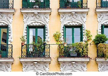 ollas, balcón
