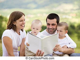 olvasókönyv, család, boldog