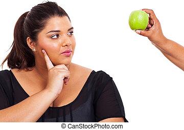 om, kvinna tänkande, kost, gå, plus, storlek