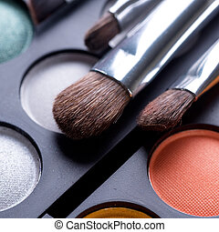 ombres, brosses, maquillage, regardez mise page