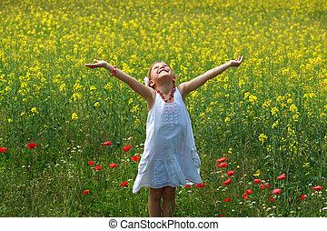 omringde, jonge, raapzaad, mooi meisje, bloemen