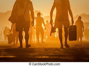 ondergaande zon , het reizen, mensen