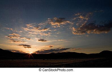 ondergaande zon , op, de, velden