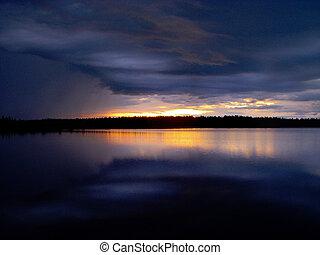 ondergaande zon , op, wolken, meer