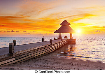 ondergaande zon , paradijs