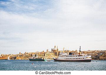 ondergaande zon , valletta, aanzicht, anderen, historisch, panorama, malta., kathedraal, st.paul, gebouwen.