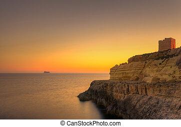 ondergaande zon , zurrieq, malta