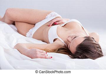 ondergoed, vrouw, het liggen, bed