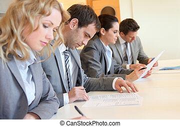 ondertekening, zakelijk, vorm, mensen, jonge, toepassing