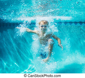 onderwater, jongen, jonge, duiken, pool, zwemmen