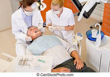 onderzoek, dentaal, mannelijke , patiënt